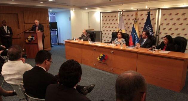 Acompa�ar� UNASUR parlamentarias del 6 de diciembre en Venezuela