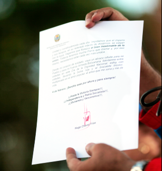 Nicolás Maduro leyó el mensaje enviado por el Presidente Hugo Chávez a su pueblo y a la Fuerza Armada Nacional Bolivariana.