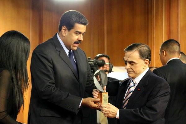 Entregan en Venezuela el Premio Nacional de Periodismo (+ Audio)