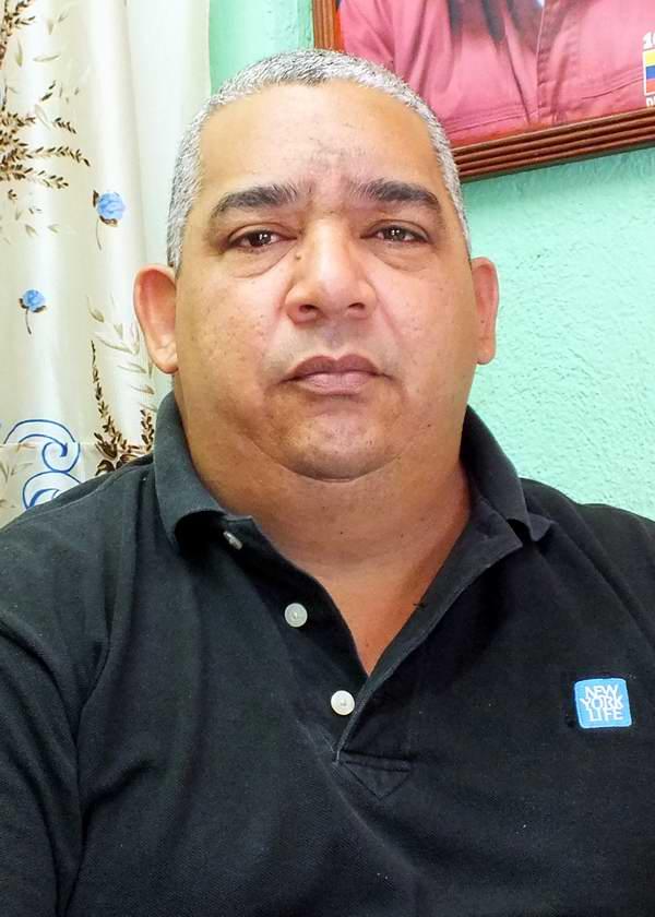 Guillermo Nogueras, Subdirector Administrativo