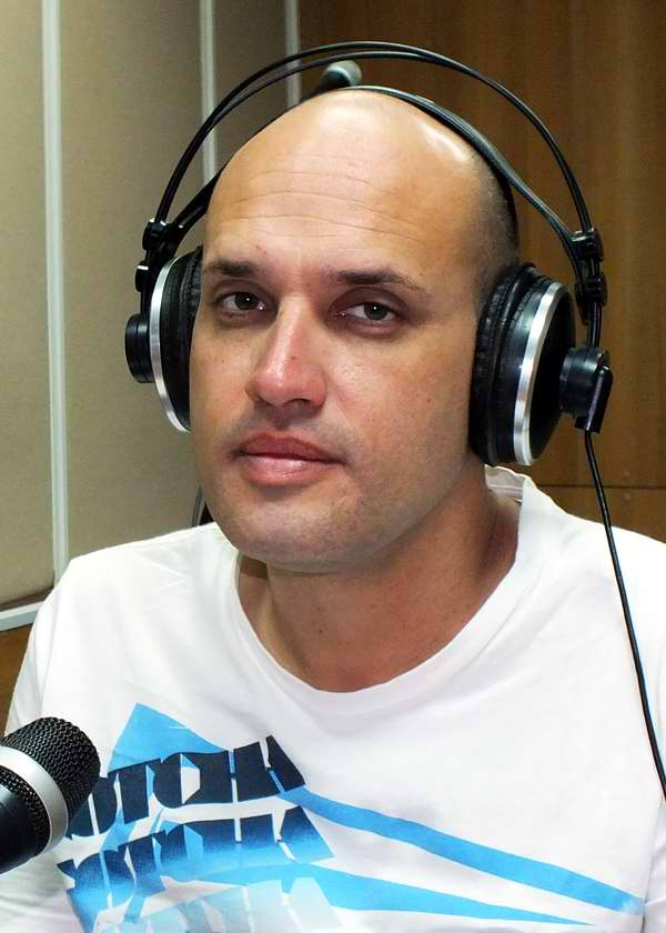 Pedro Martínez Arco, Locución