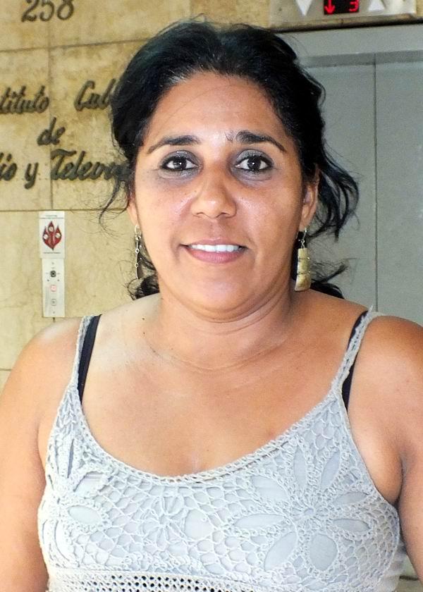 Soraya Parra, Locución