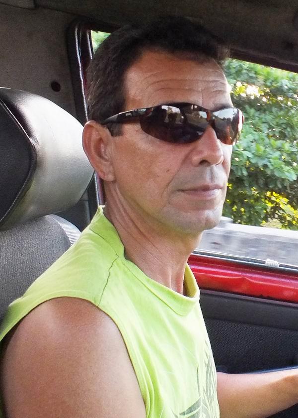 Carlos Alberto González González, Brigada de Transporte