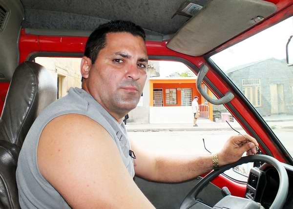 Ernesto Escalona, Brigada de Transporte