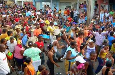 Especiales en la tradición cubana: salidas de las congas santiagueras